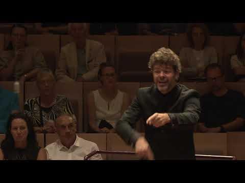 Mozart: Symphony No.40 / Heras-Casado · Karajan-Academy of the Berliner Philharmoniker