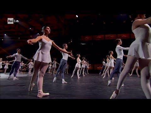 Gli allievi della Scala di Milano - Danza con me 01/01/2019