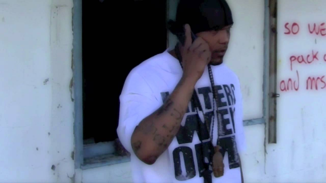A.G.MICHIGAN MUSCLE - Hustle Hard (Sag -Town) REMIX _MURDAMIX - YouTube