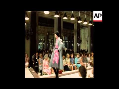 SYND 18-7-71 FASHIONS FROM BARATTA OF MILAN,  AUTUMN / WINTER COLLECTION