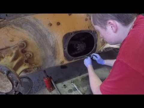 Adjusting Skidsteer Drive Chains