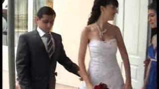 Как Встречают Невесту На Кавказе после Венчания!! Живая музыка! Разбивание Тарелок!!