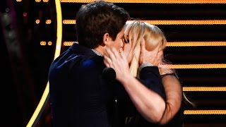 Rebel Wilson & Adam Devine's STEAMY Make Out Session at 2016 MTV Movie Awards
