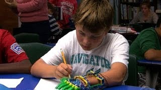 Boy gets prosthetic hand made by 3-D printer(Two years ago, Paul McCarthy began searching for an inexpensive yet functional prosthetic hand for his son Leon, who was born without fingers on one of his ..., 2013-10-29T00:46:13.000Z)