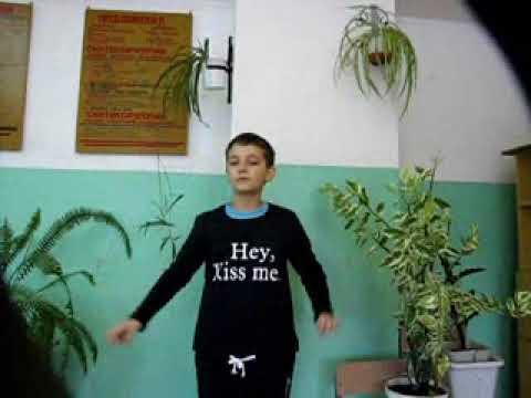 Изображение предпросмотра прочтения – АртёмРомашин читает произведение «Юнга» М.И.Цветаевой
