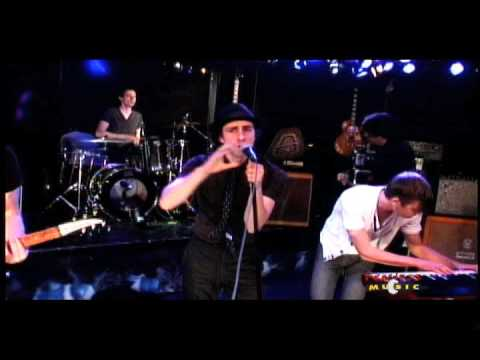Maximo Park - Apply Some Pressure - Live on Fearless Music