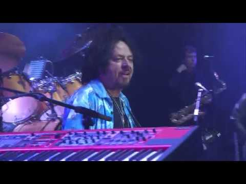 TOTO Live - Afraid of Love / Lovers in the Night