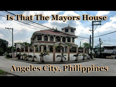 Is That The Mayors House / Walk #1 : Angeles City, Philippines