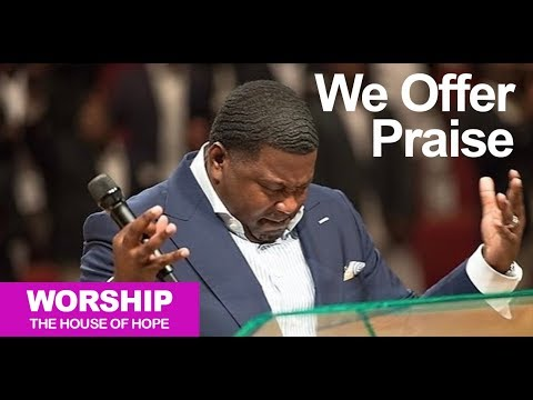 We Offer Praise song by Dr. Smith w/Musician Solo