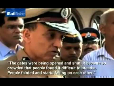 18 people killed and 50 injured in stampede in Mumbai