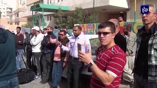 وقفة احتجاجية تطالب بتغليظ عقوبة الاعتداء على المعلمين - (13-11-2017)