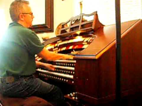"John Lauter Plays ""I hear Music"" on Bucky Reddish's Walker theater organ"