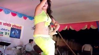 নাচতে নাচতে কাপড় উধাও Bangla Desi Dance Jatra Danc
