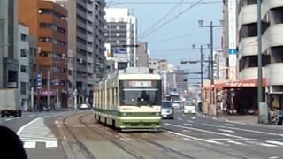 広島電鉄3900形3901号『ぐりーんらいなー』2号線宮島口行き 土橋到着