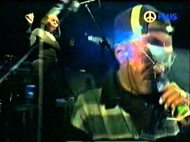 massive-attack-hymn-of-the-big-wheel-barcelona-1998-canttkeep