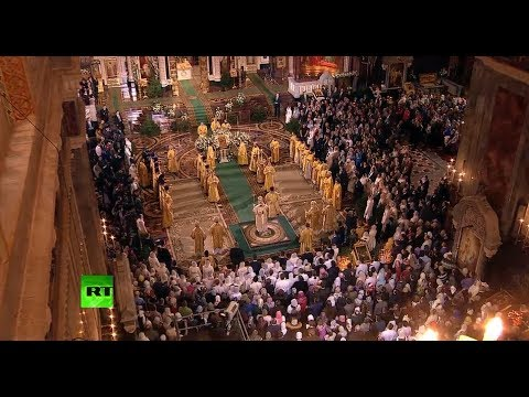Orthodox Christmas mass in Moscow/Putin attends mass in St Petersburg