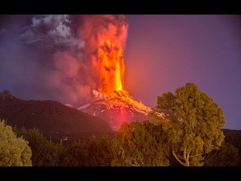 Villarrica Volcano Erupts Chile Mar 2015