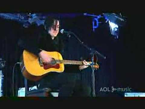 Three Days Grace- The Drugs Don't Work (Live)