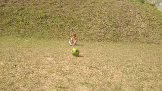 Dani chamando a bola. Kkkkkkk