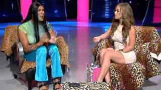 Sunshine Remix  Malapily entrevista a la animadora de Pégate al Mediodía, Natalia Rivera   WAPA tv