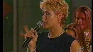Festival De Viña 2000 - 4ta Noche - Xuxa 03