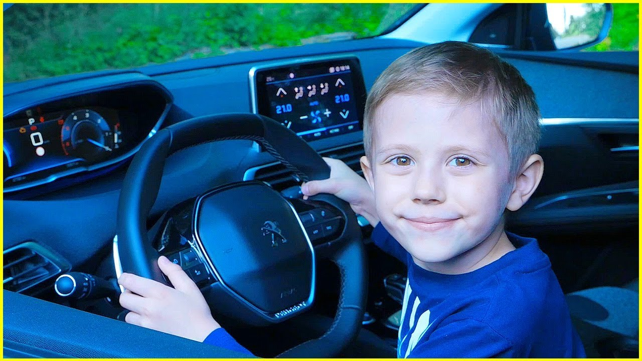 Катаемся на Машине с Даником в первый раз! Видео для детей. Video for kids