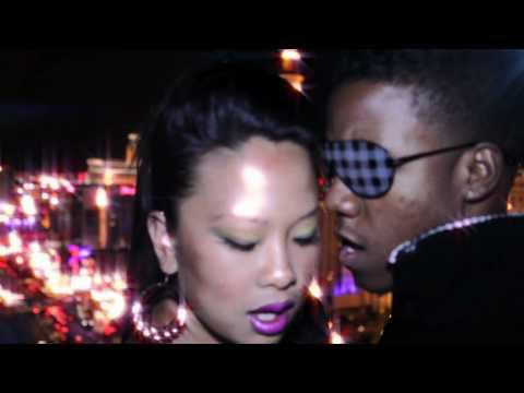 Katy Perry- E.T. Cover Melissa Navarro ft Marcus Marshall