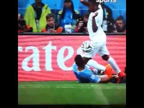 Exposure Alvaro Pereira player Uruguay received a blow