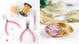 Learn to make these lovely bead and wire rings in minutes with jessica rose from jewellers academy.tools materials that you will need: 0.8mm silver or go...