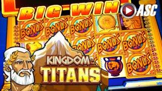 Video KINGDOM OF THE TITANS - SPINNING STREAK   WMS - BIG Win! Slot Machine Bonus download MP3, 3GP, MP4, WEBM, AVI, FLV Mei 2018