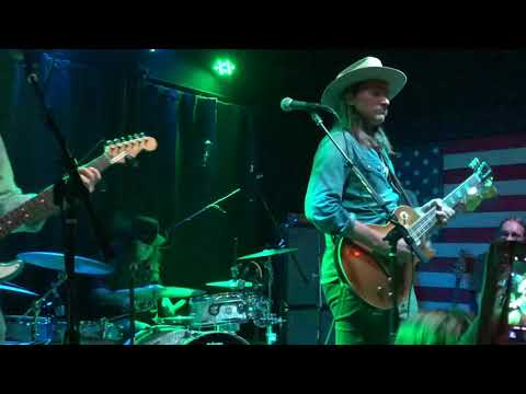 Duane Betts at the Five O'Clock Club in Sarasota, Florida