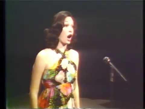 Kay Freeman with Wally Brown on the organ