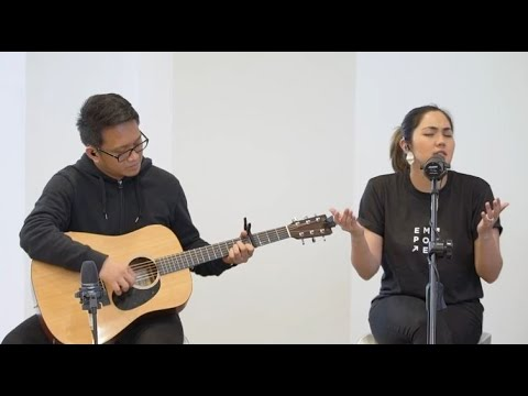 Highest By Victory Worship (Live Acoustic Worship Led By Isa Fabregas-Cuna)
