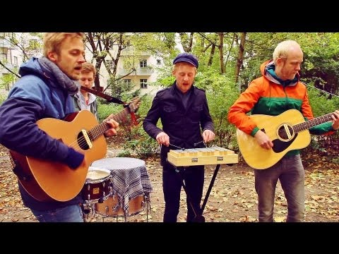 Ewert And The Two Dragons - In The End There's Only Love ♫ Backyard Acoustics