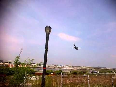 laguardia airport runway 22 rare  departure