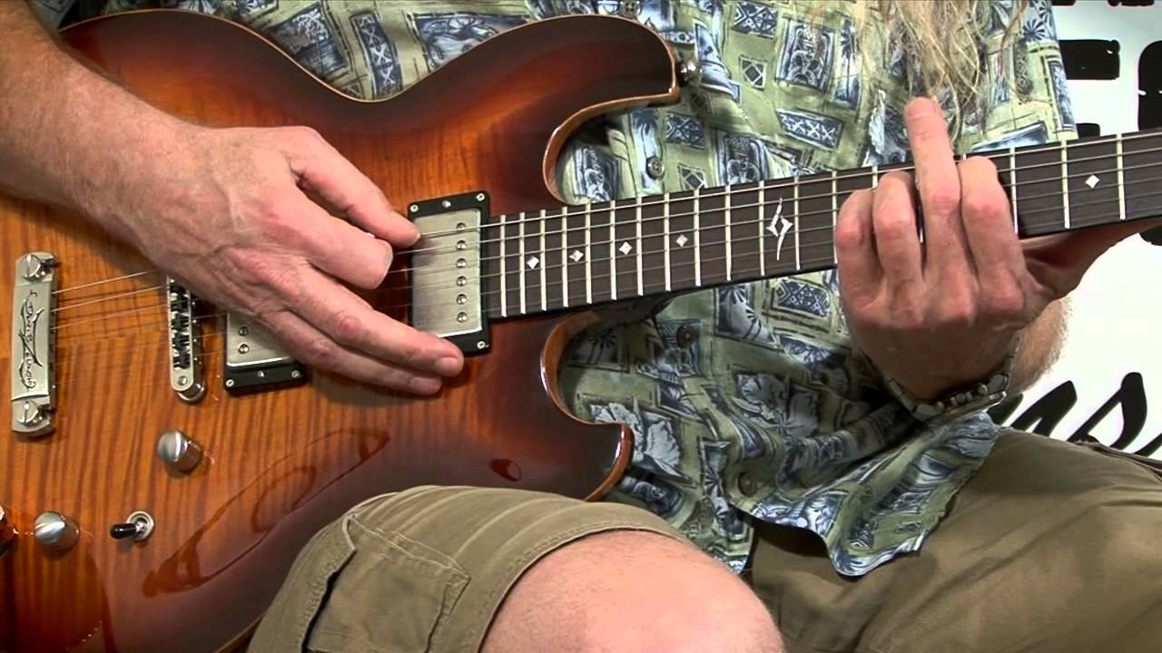 Free Guitar Lessons E 5 As A Drone Chord Youtube