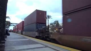 BNSF W/B Stack train going through Fullerton station 2019-01-12