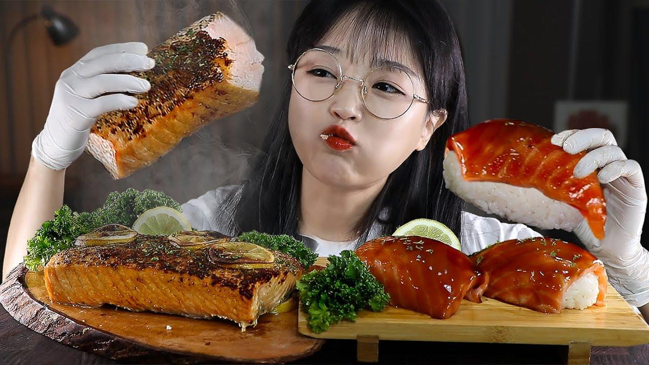 녹는다 녹아? 연어스테이크와 대왕연어초밥 먹방? SALMON STEAK & GIANT SALMON SUSHI MUKBANG | EATING SOUNDS