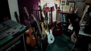 Multi Guitar Stand