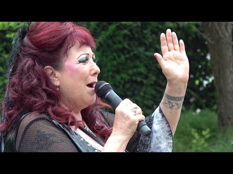 "documenta 14: Annie Sprinkle (""Ecosexual Walking Tour"" of female porn activist in Kassel)"