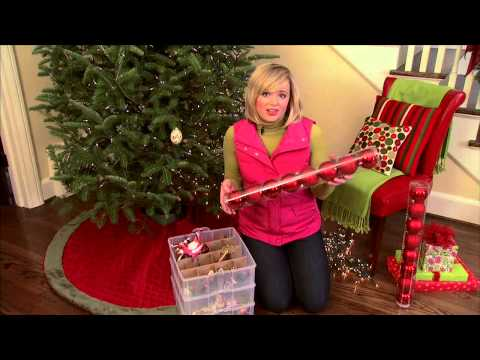 How To Decorate Christmas Tree With Lights Garland And Ornaments