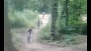 /Air-Jump/ : triple saut au trou du renard