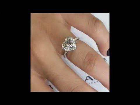 1 ct Heart Shape Diamond Halo Engagement Ring