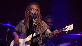 Female Bass Player Divinity Roxx | Teen Town Rapper's Delight | Ardmore Music Hall