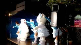 多摩センタークリスマスイルミネーション2010 の点灯式でのキティち...