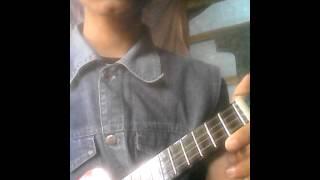 cara menyetem ukulele senar 4