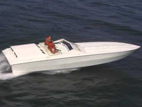 """41' APACHE  """"STAR CHASER""""  OFFSHORE POWER BOAT"""