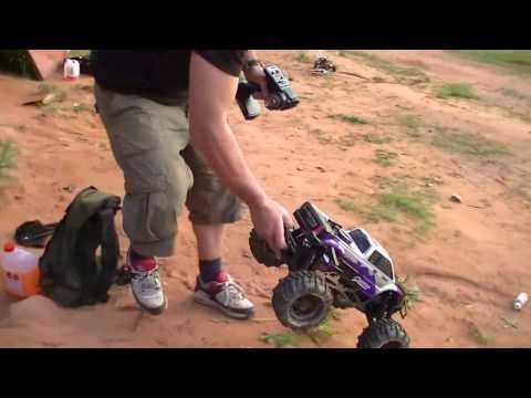 HPI Savage 21 Bashing ! - Quarry Bash #10 - RC Car Club