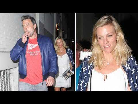 Ben Affleck and Lindsay Shookus Step Out for Oysters After LA Comedy Show