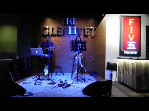 Cheryl Loon & Hafiz @ Five Square (Valerie by Amy Winehouse Cover)